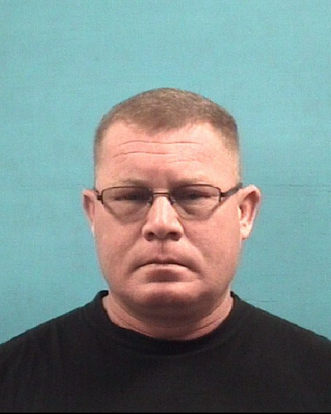 Pearland police officer charged with DWI on the job