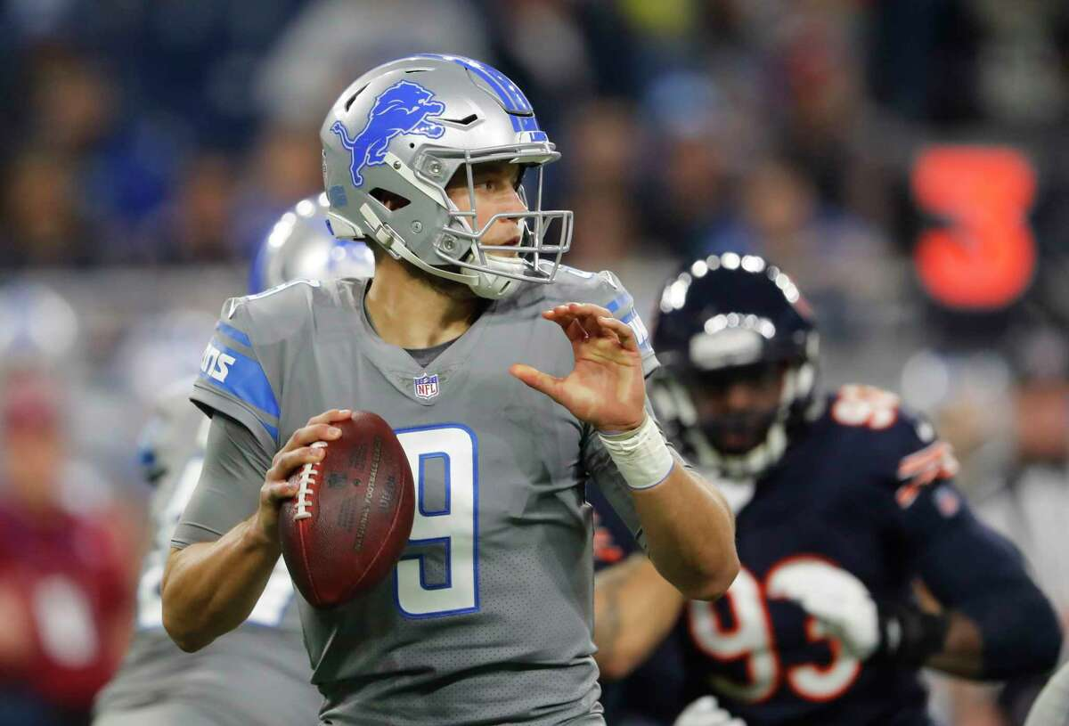 Detroit Lions quarterback Matthew Stafford looks downfield during the first half of an NFL football game against the Chicago Bears, Saturday, Dec. 16, 2017, in Detroit. (AP Photo/Paul Sancya) ORG XMIT: DTF104