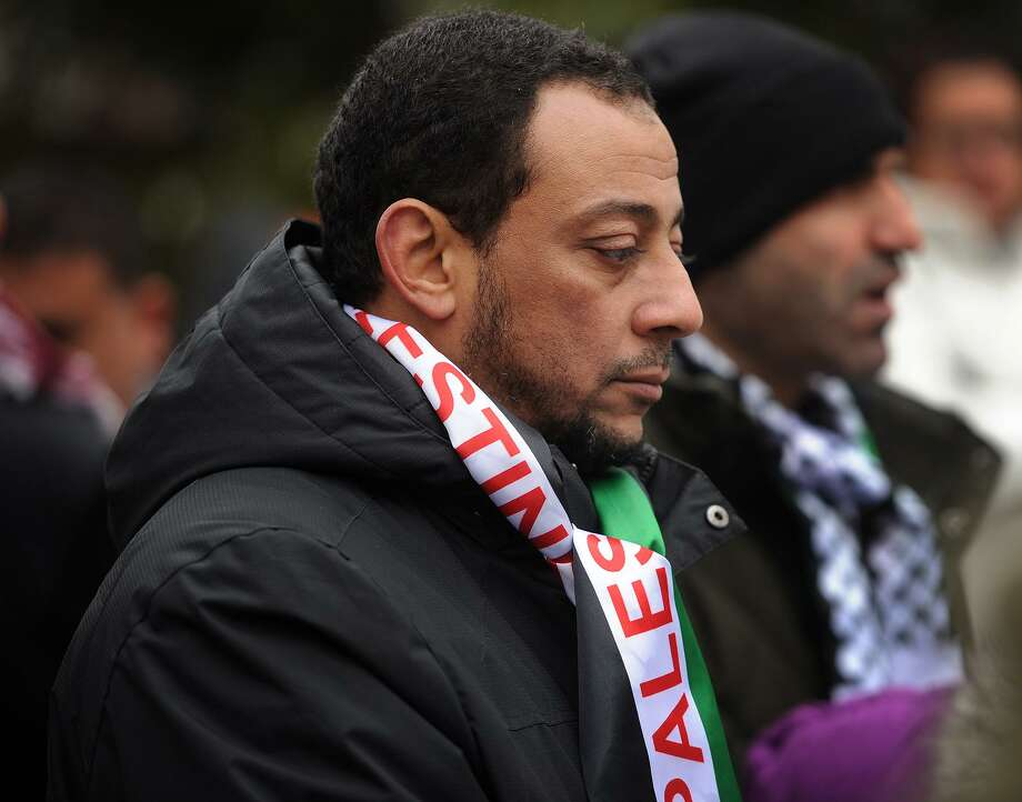 Mostafa Hassan, of Fairfield, attends a rally against the declaration declaring Jerusalem the capital of Israel on McLevy Green in Bridgeport, Conn. on Sunday, December 17, 2017. Photo: Brian A. Pounds / Hearst Connecticut Media / Connecticut Post