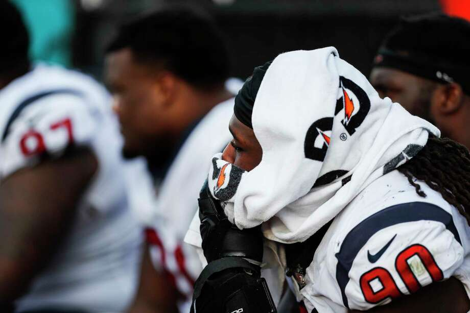 Houston Texans outside linebacker Jadeveon Clowney (90) sits on the bench during the fourth quarter of the Texans 45-7 loss to the Jacksonville Jaguars in an NFL football game at EverBank Field on Sunday, Dec. 17, 2017, in Jacksonville. Photo: Brett Coomer, Houston Chronicle / © 2017 Houston Chronicle