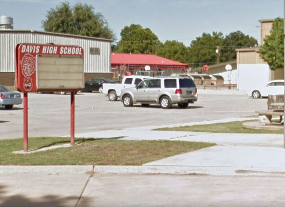 An Oklahoma high school teacher was fired from her job after she allegedly applied to marry a 16-year-old student following the student's father's consent to the marriage. Photo: Google Maps Screenshot