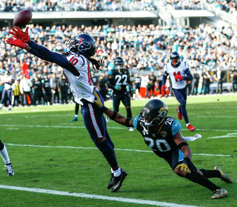Wide receiver DeAndre Hopkins (10) had a 25-yard touchdown reception Sunday - the Texans' only score of the game. He broke the franchise single-season record, set by himself in 2015, with his 12th TD catch of the season. Photo: Brett Coomer, Staff / © 2017 Houston Chronicle