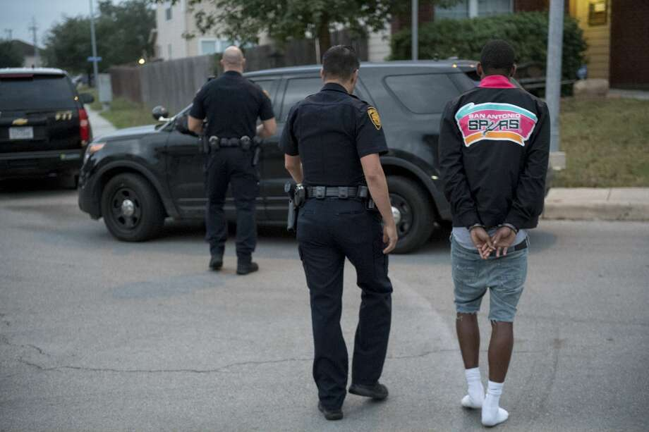 Texas saw a slight uptick in the number of crimes committed in the state while San Antonio saw an increase in violent crime for 2019 compared to the previous year, said the Texas Department of Public Safety. Photo: Shane T. McCoy / US Marshals