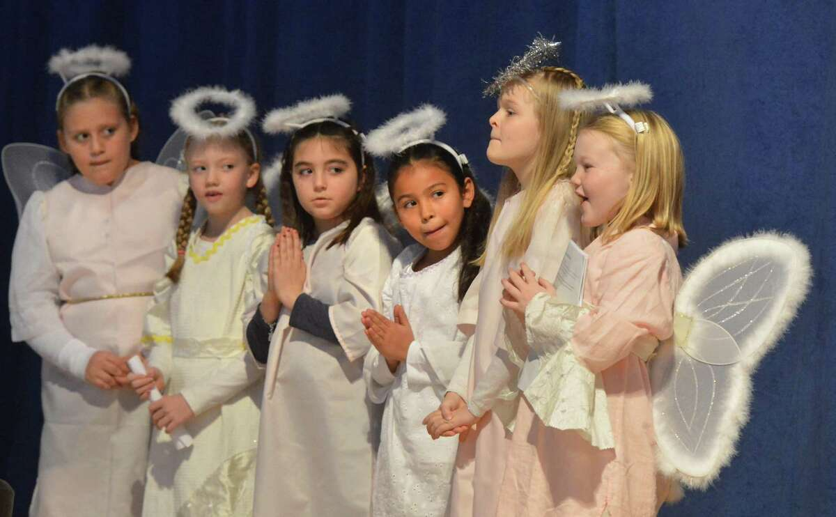 Angels recite poems and sing