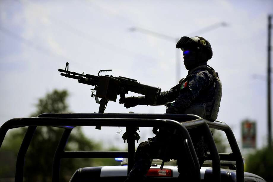 Prosecutors are investigating the killing of two women and four men in the northern Mexico border city of Reynosa, apparently as the result of crossfire. Photo: Billy Calzada/San Antonio Express-News
