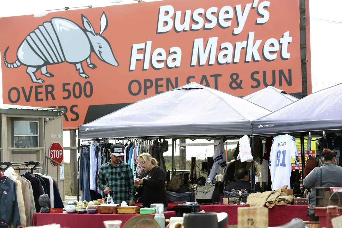 Bussey's Flea Market Located at 18738 Interstate 35 north in Schertz. 210-890-2287 Open 7 a.m. to 5 p.m. Sat and Sun only. https://www.busseysfm.com/ Bussey's has up to 500 vendors and thousands of shoppers each weekend.