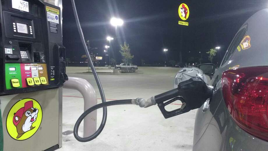 A fill-up at the Texas City Buc-ee's. Photo: Bill Montgomery