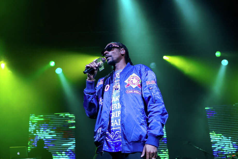 HOUSTON, TX - DECEMBER 18: Rapper Snoop Dogg performed at the House of Blues on December 18, 2017 in Houston, Texas. (Photo by Marco Torres/Houston Chronicle) Photo: Marco Torres/Houston Chronicle
