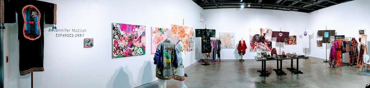Design Pop-Up at Cindy Lisica Gallery (Panoramic)