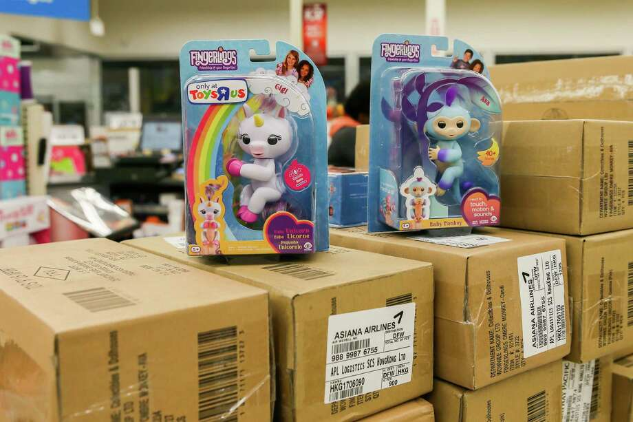 December 17, 2017: The Fingerlings children's toys are the most popular toys this holiday season and Toys R Us stores expect to sell out within hours of putting them on display. Houston, Texas. Photo: Leslie Plaza Johnson /Special To The Express-News / Freelance