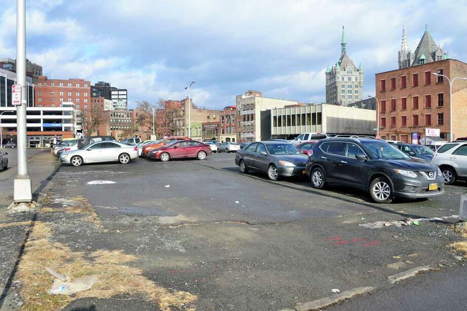 Parking lot at 39 Hamilton Street Tuesday Dec. 19, 2017 in Albany, NY. The lot is one of 21 the Albany Convention Center Authority leases that the city now says should not be exempt from property tax. (John Carl D'Annibale / Times Union) Photo: John Carl D'Annibale, Albany Times Union / 20042450A