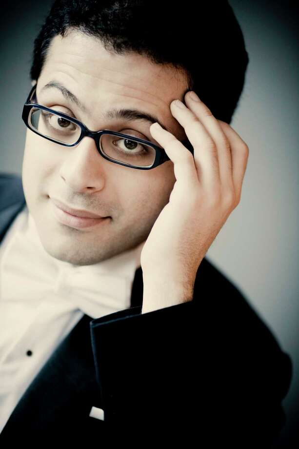 Iranian-born harpsichordist Mahan Esfahani will perform for the Bach Society Houston. Mahan Esfahani Photo: Marco Borggreve Photo: Marco Borggreve / www.marcoborggreve.com all rights reserved.