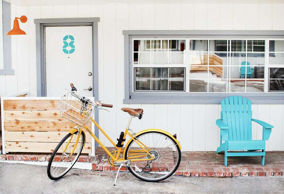 Cambria Beach Lodge offers a fleet of complimentary Linus bikes. Photo: Erica Mendenhall