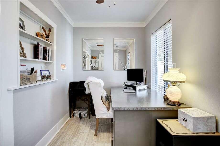 305 TeetshornList price: $515,000Size: 960 square feet Photo: Houston Association Of Realtors