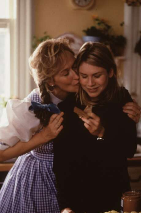 "Meryl Streep and Renee Zellweger star in 1998's ""One True Thing."" Photo: ELI REED"
