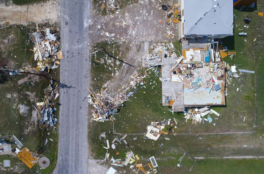 Debris is scattered around a home in Rockport, TX, Wednesday, Sept. 13, 2017. Rockport took a direct hit from Hurricane Harvey on August 25, 2017. Photo: Mark Mulligan/Houston Chronicle