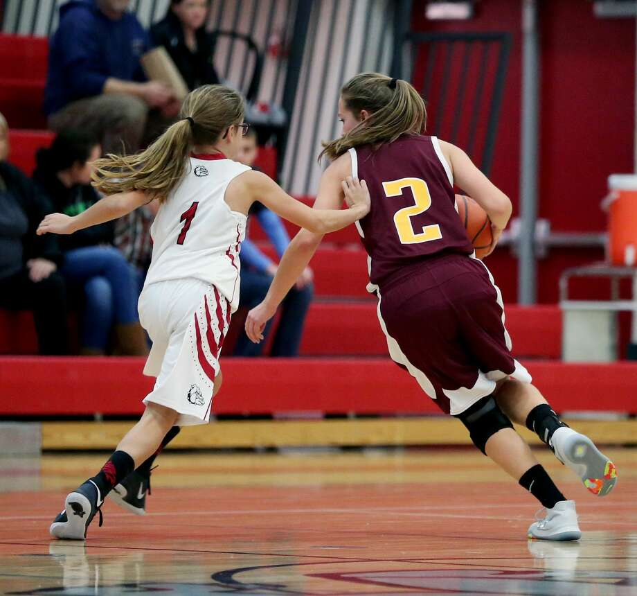 Deckerville 52, Owen-Gage 7 Photo: Paul P. Adams/Huron Daily Tribune