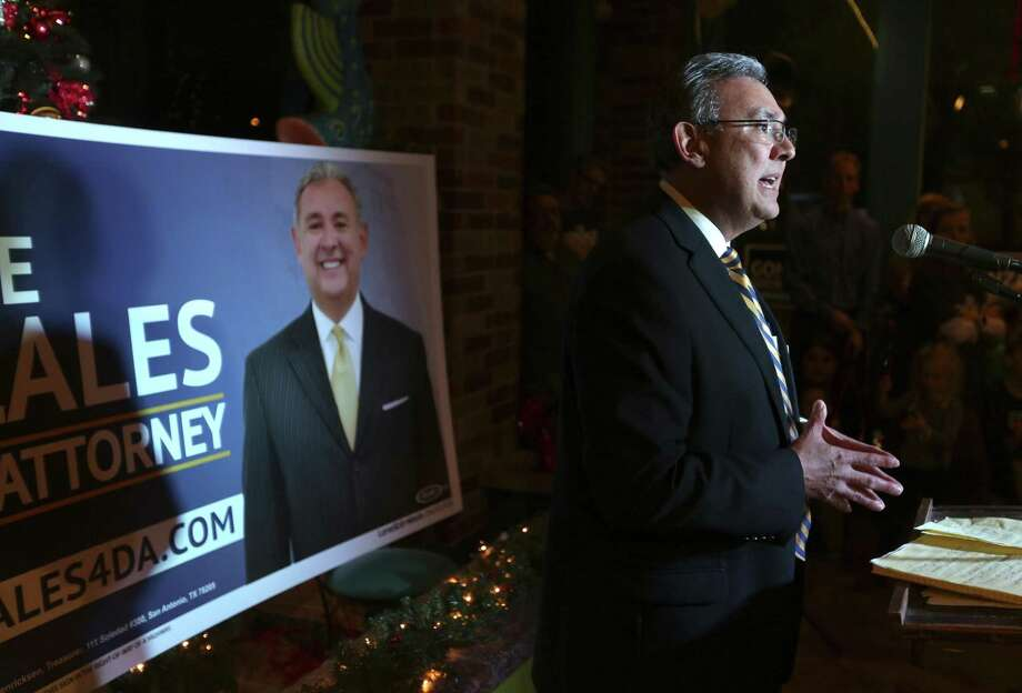 San Antonio defense attorney Joe Gonzales officially announces his campaign Tuesday, Dec. 19, 2017 for Bexar County District Attorney at Tomatillo's. Photo: William Luther, Staff / San Antonio Express-News / © 2017 San Antonio Express-News