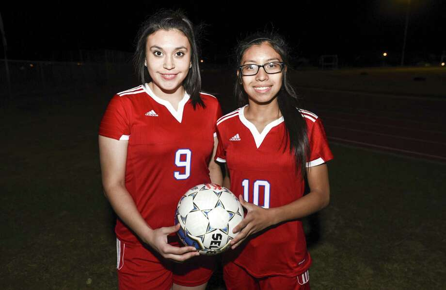 Monica Torres was named co-Most Valuable Player in 31-5A and Karen Espinoza was named to the first team. Photo: Danny Zaragoza /Laredo Morning Times File