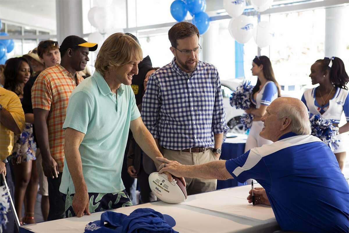 """From left, Owen Wilson as Kyle Reynolds, Ed Helms as Peter Reynolds and Terry Bradshaw as Terry Bradshaw in the film, """"Father Figures."""" (Warner Bros. Pictures)"""