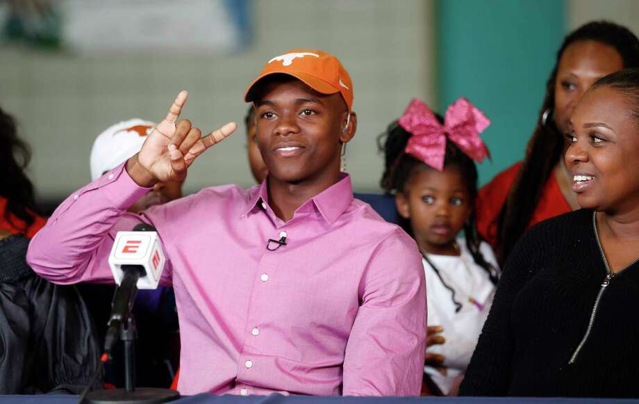 PHOTOS: College football recruiting team rankingsLamar High School's Anthony Cook signed with Texas on Wednesday, giving the Longhorns one of the top recruiting classes in the country so far.Browse through the photos above to see what the recruiting team rankings look like after the first day of the early signing period. Photo: Karen Warren, Houston Chronicle / © 2017 Houston Chronicle
