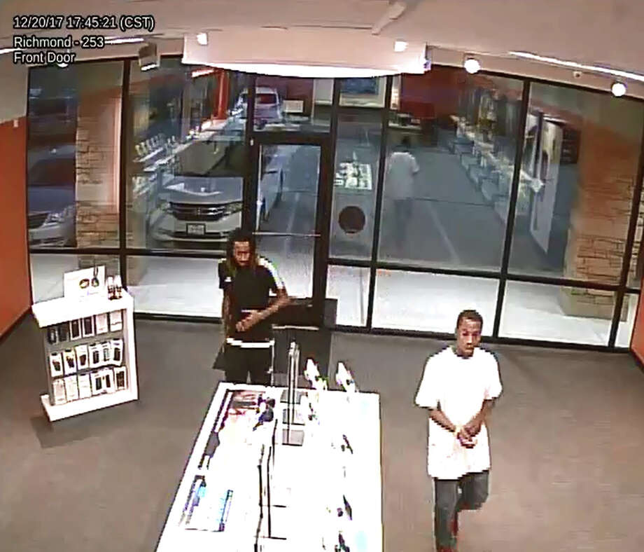 Richmond Police are seeking information on an aggravated robbery which occurred shortly before 8 p.m. Wednesday, Dec. 20, at the AT& Phone Store located at 20400 Southwest Freeway in Richmond. Photo: Richmond Police Department