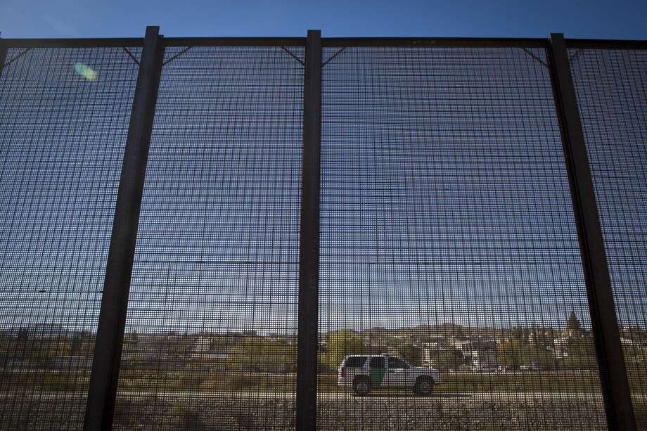A U.S Customs and Border Protection patrol is parked on the border between Juarez and El Paso, in El Paso. Photo: Marie D. De Jesus/Houston Chronicle