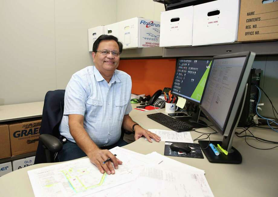 Gitesh Desai is the president of the Houston chapter of Sewa International, which mobilized more than 1,200 volunteers after Hurricane Harvey hit Houston. Photo: Yi-Chin Lee, Staff / © 2017 Houston Chronicle