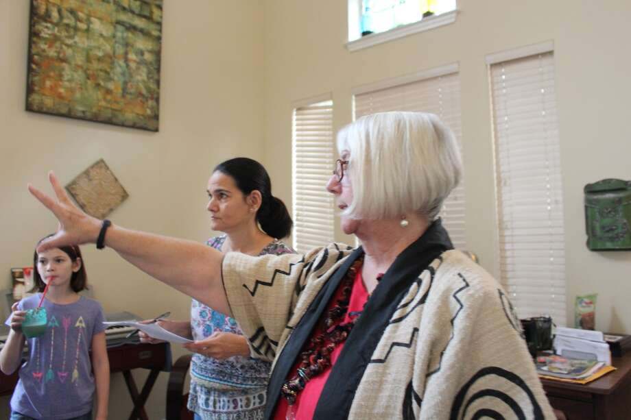 Alison Schockner works with clients to help them apply the practice of feng shui to their homes. Photo: Lindsey Carnett, San Antonio Express-News