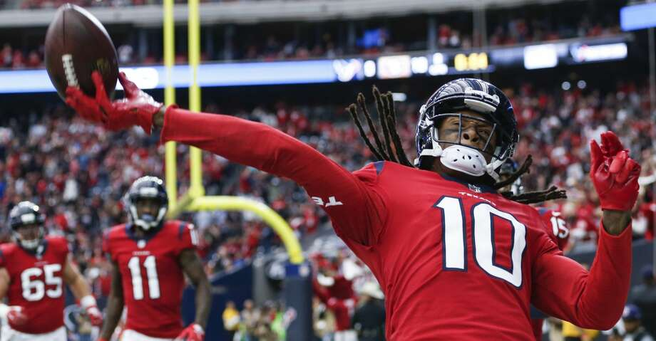 Browse through the slideshow to see John McClain's predictions for Week 16 of NFL action. Photo: Brett Coomer/Houston Chronicle