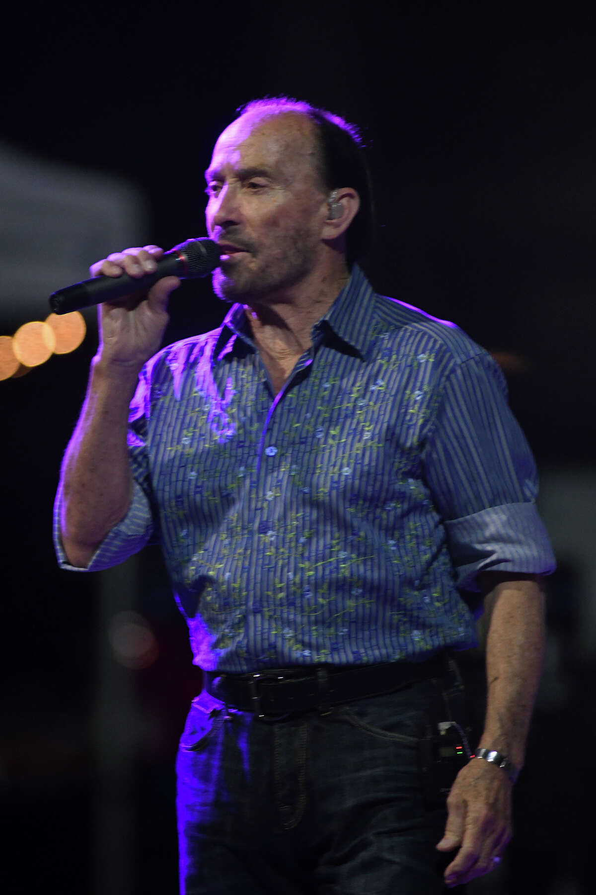 Lee Greenwood performs during his concert at Kingwood Town Center on Dec. 21, 2017.