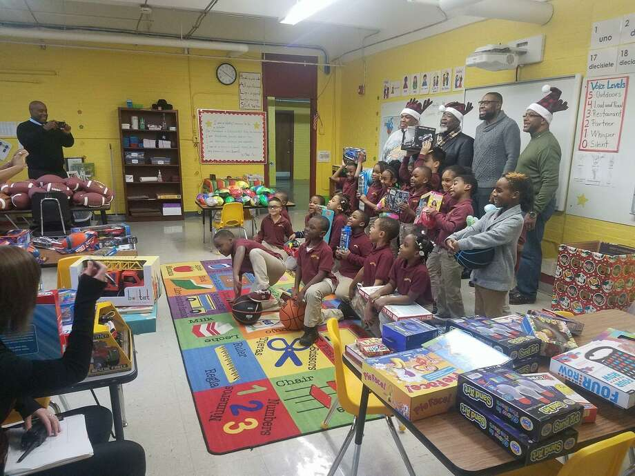 Toys For Church : New haven church donates toys to students at booker t