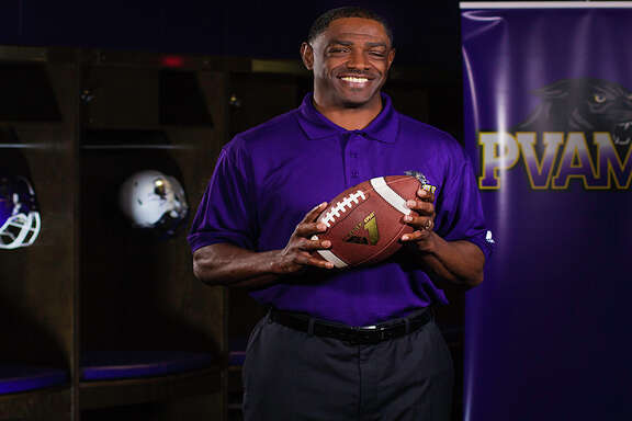 Former Grambling State offensive coordinator Eric Dooley has been named head coach at Prairie View A&M.