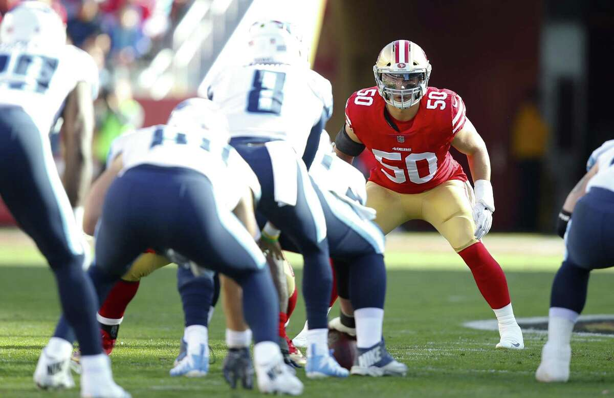 SANTA CLARA, CA - DECEMBER 17: Brock Coyle #50 of the San Francisco 49ers eyes the quarterback during the game against the Tennessee Titans at Levi's Stadium on December 17, 2017 in Santa Clara, California. The 49ers defeated the Titans 25-23. (Photo by Michael Zagaris/San Francisco 49ers/Getty Images)