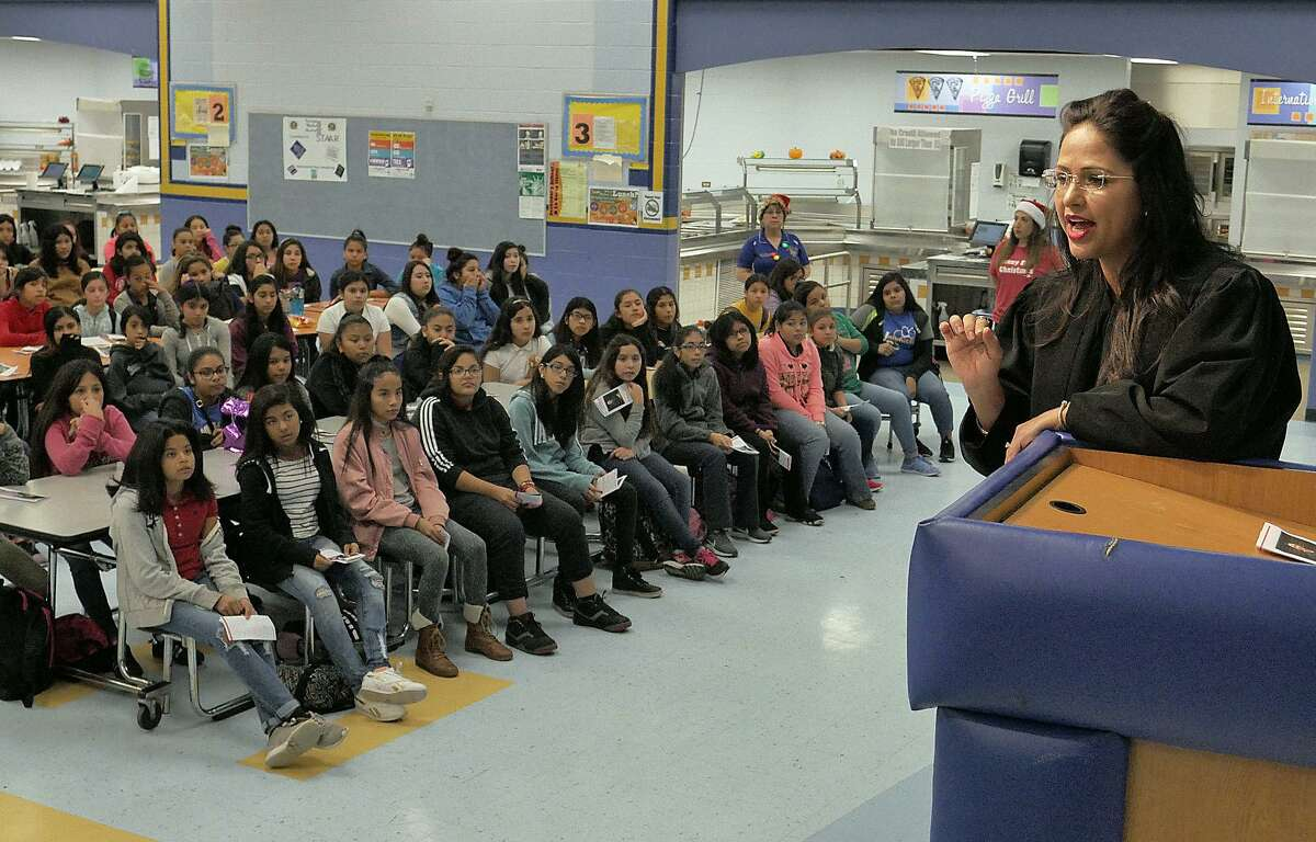 14. Christen Middle School Children at Risk Grade: D+ State Rank: 1,642