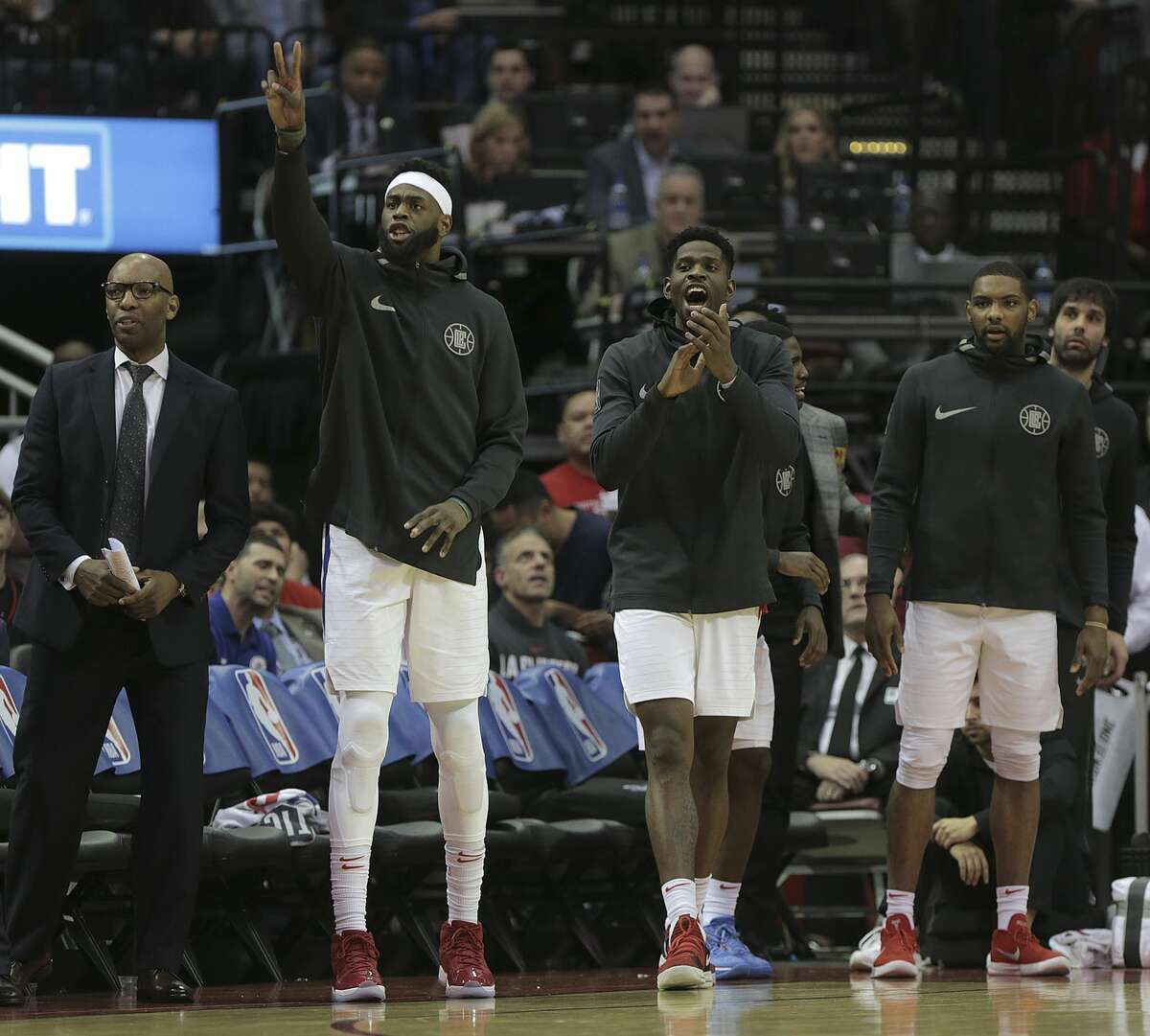 LA Clippers bench reacts to a three-point shot in the second half against the Houston Rockets at the Toyota Center on Friday, Dec. 22, 2017, in Houston. Clippers won the game 128-118. ( Elizabeth Conley / Houston Chronicle )