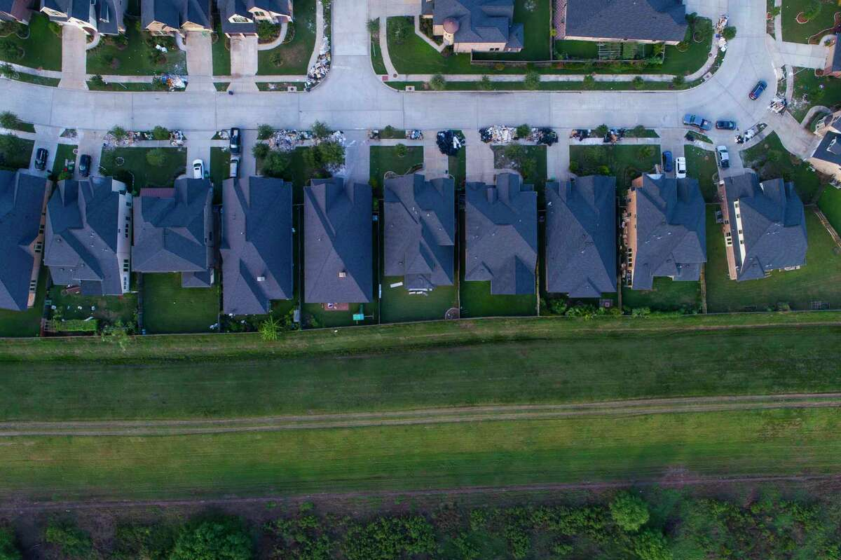 Nine miles of levees protect 5,200 homes in the master-planned community of Riverstone in Fort Bend County. (Mark Mulligan / Houston Chronicle)