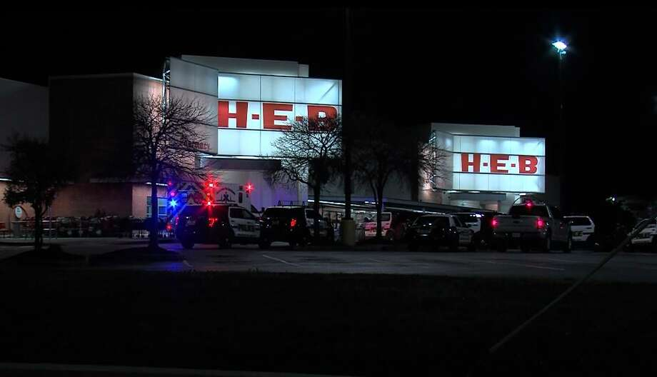 An argument between two H-E-B employees over a bottle of water escalated into a cutting on Sunday, Dec. 24, 2017 at a store in the 300 block of Olmos Drive. Photo: 21 Pro Video