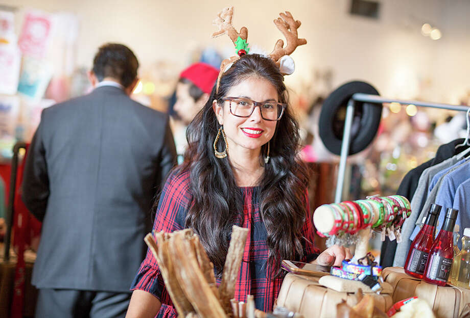 "A mini-Christmas festival brought vendors, artists and more to Brick at Blue Star for the Brickmas Holiday Market 2017 on Saturday, Dec. 23, 2017. The event, dubbed as the ""Best. Holiday. Market. Ever!"" gave Southtown-goers a chance to shop local ahead of Christmas Eve. Photo: B. Kay Richter, For MySA.com"