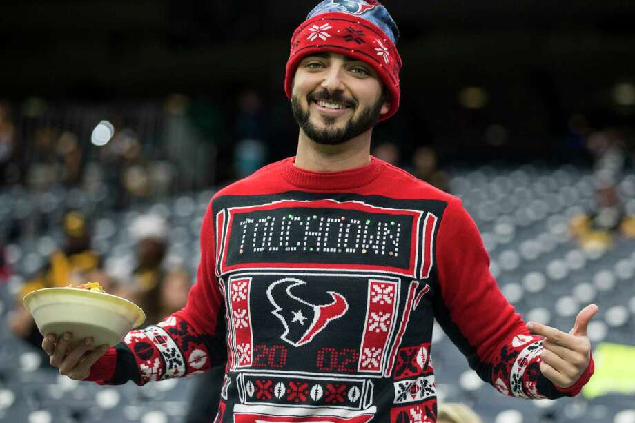 Houston Texans fans watch warm ups before an NFL football game against the Pittsburgh Steelers at NRG Stadium on Monday, Dec. 25, 2017, in Houston. Photo: Brett Coomer, Houston Chronicle / © 2017 Houston Chronicle