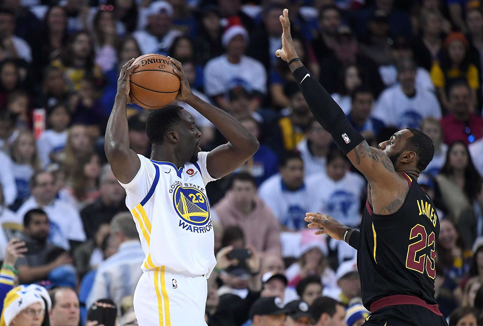 40cc30901de Draymond Green denies that sneakers were intended to troll LeBron James -  SFChronicle.com