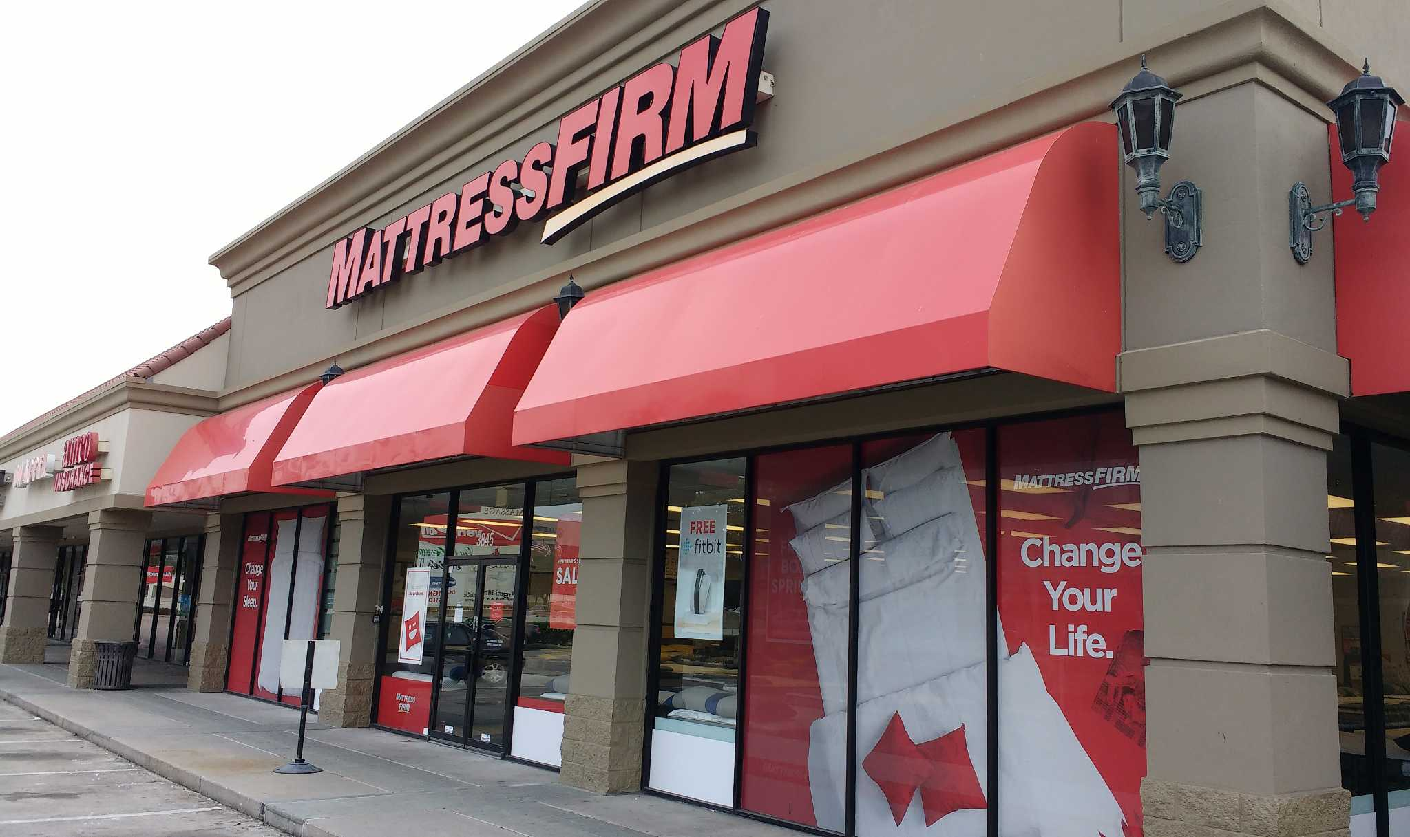 Mattress Firm CEO and president to step down in March ...
