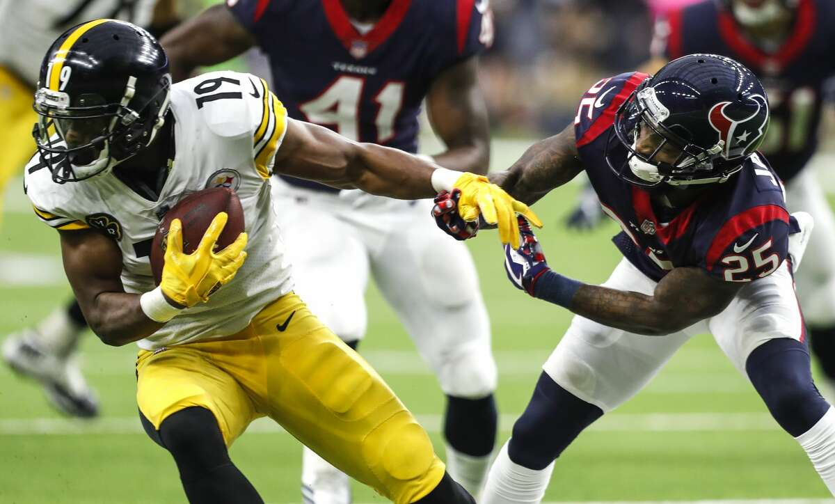 Steelers wide receiver JuJu Smith-Schuster is among the weapons the Texans' defense will have to contend with Sunday in Pittsburgh.