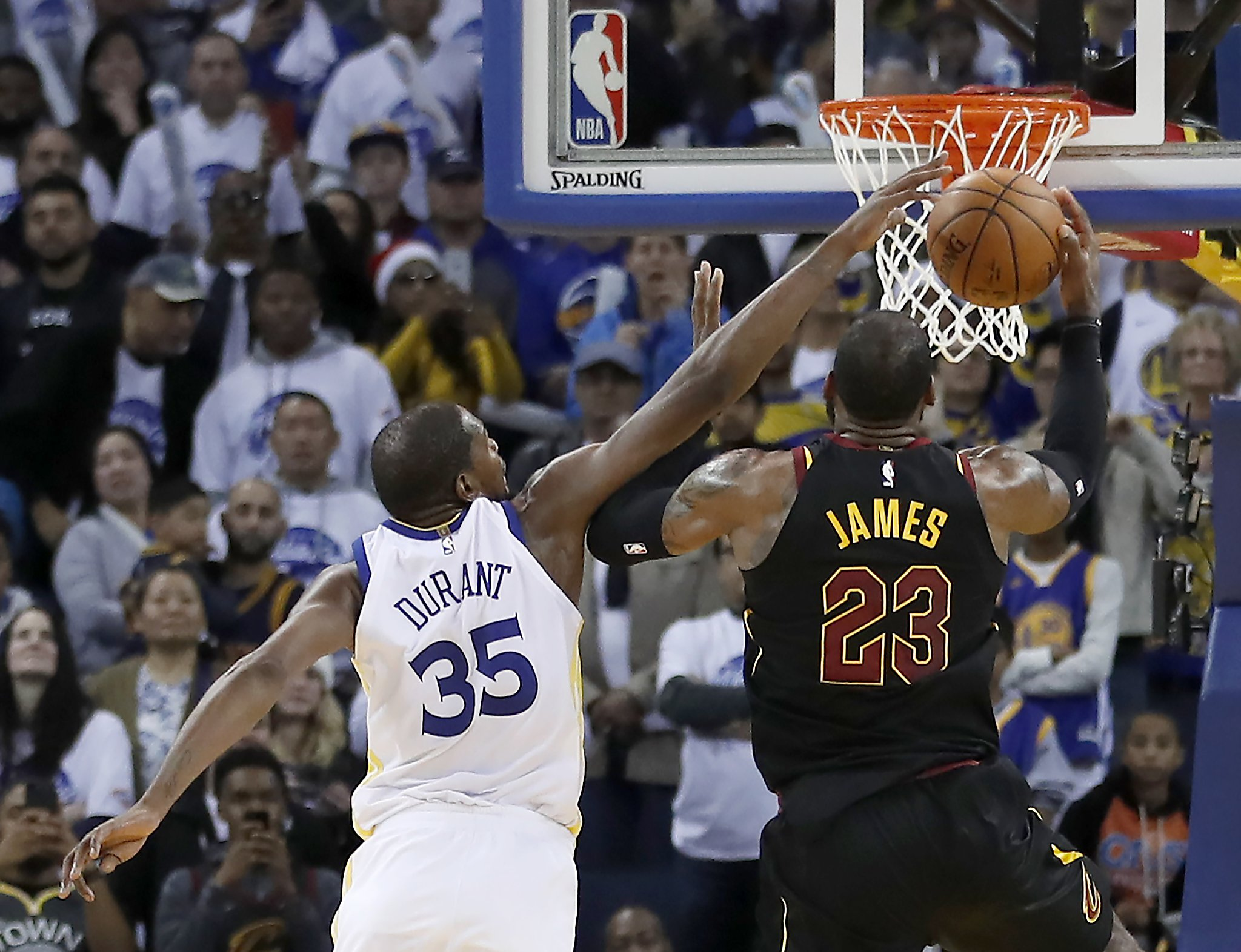 d40d656a4 NBA says it missed 3 late calls on Kevin Durant in Warriors  win over Cavs  - SFChronicle.com
