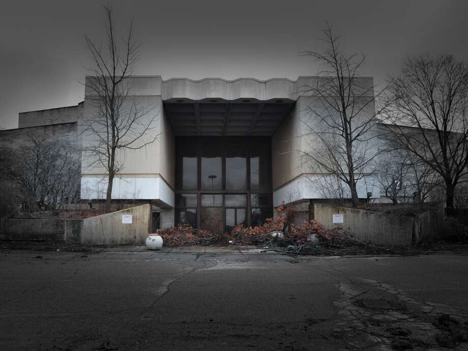 Perhaps most emblematic of the retail apocalypse are photos of dead malls. Photo: Seph Lawless