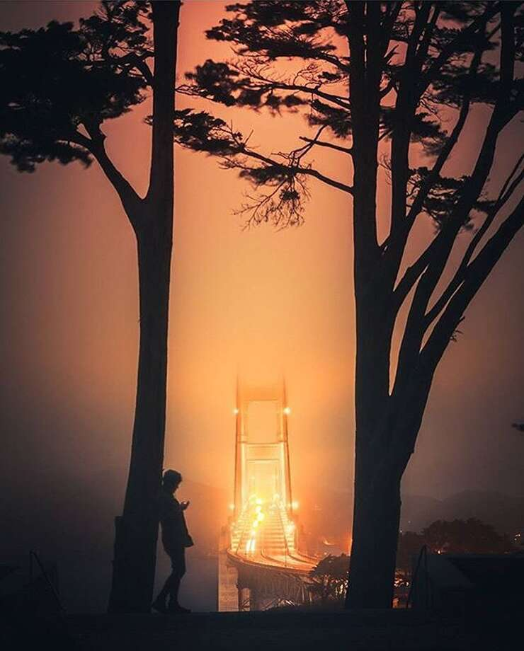 @iwozzy perfectly framed this image of the Golden Gate Bridge shrouded in Karl the Fog. Photo: Instagram / Iwozzy