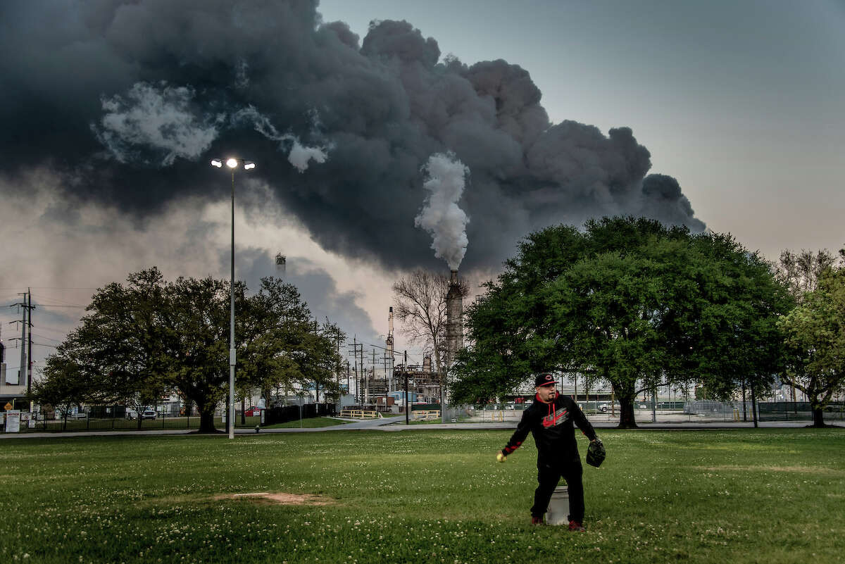 The photo credit goes to Karen Kasmauski, International League of Conservation Photographers.