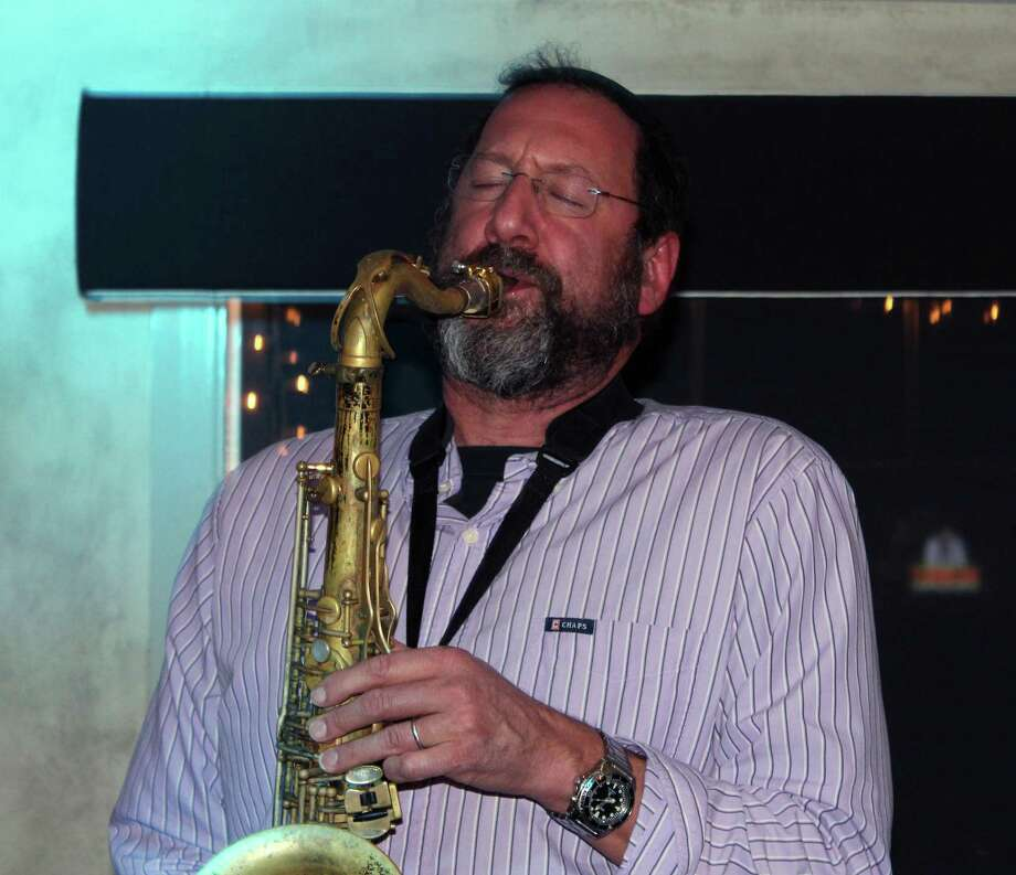 "Greg Wall, the ""Jazz Rabbi"" plays with his bandmates at the 323 Restaurant in Westport. Photo: Justin Papp / Hearst Connecticut Media / Westport News"