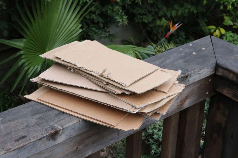 how to break down large cardboard boxes