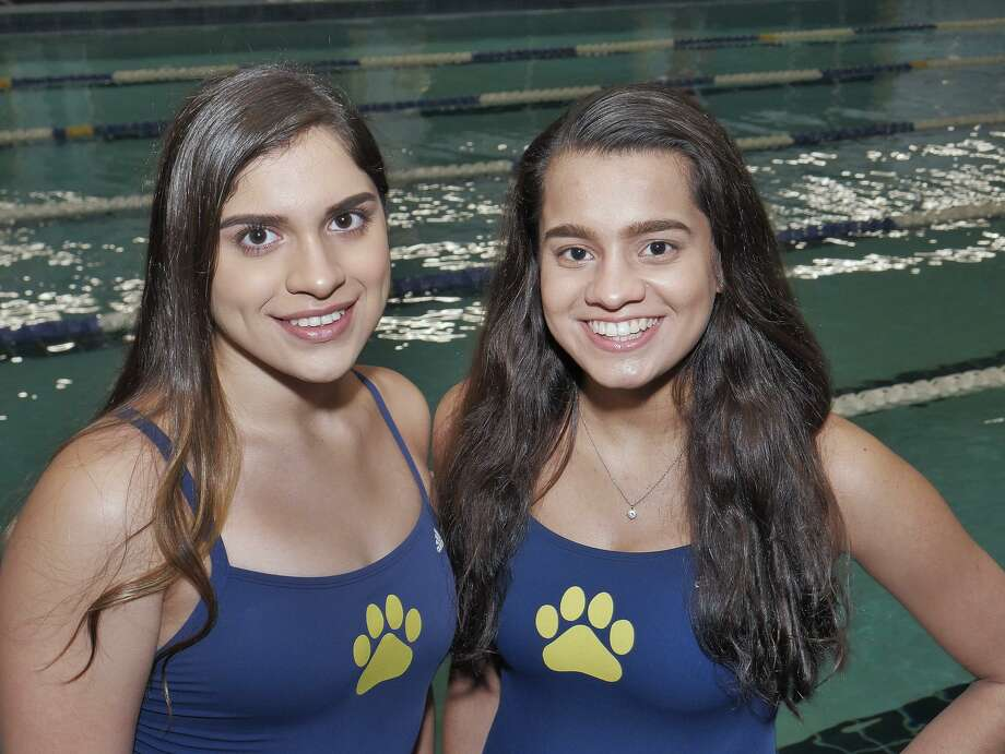 Alexander swimmers Kenya Fierro and Aneesa Mohammed are looking to have strong performances at the District 29-6A swim meet on Jan. 20 for the defending champion Lady Bulldogs. Photo: Cuate Santos /Laredo Morning Times / Laredo Morning Times